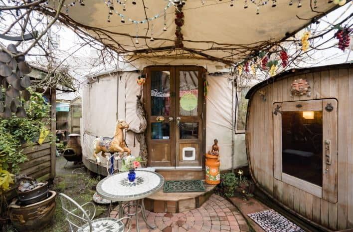 Seattle Yurt for rent on airbnb
