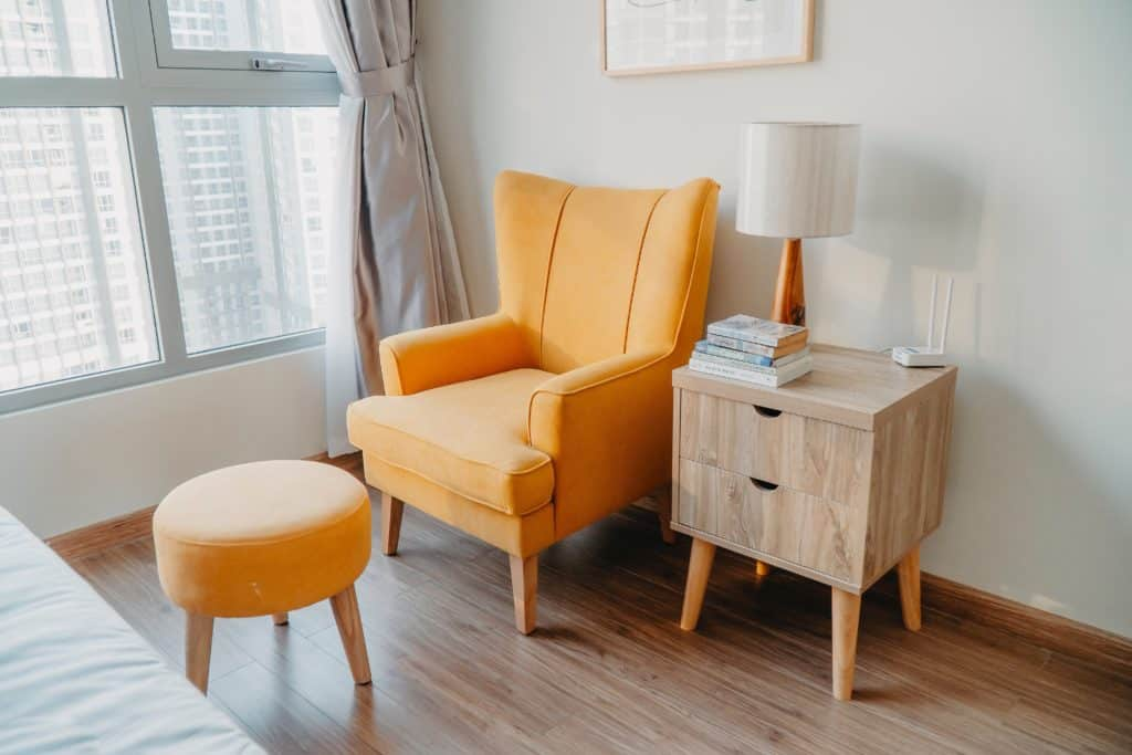 easiest items to flip for a profit furniture