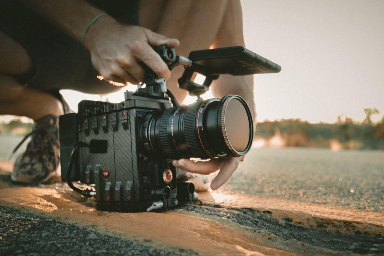 hobbies that make money - filming