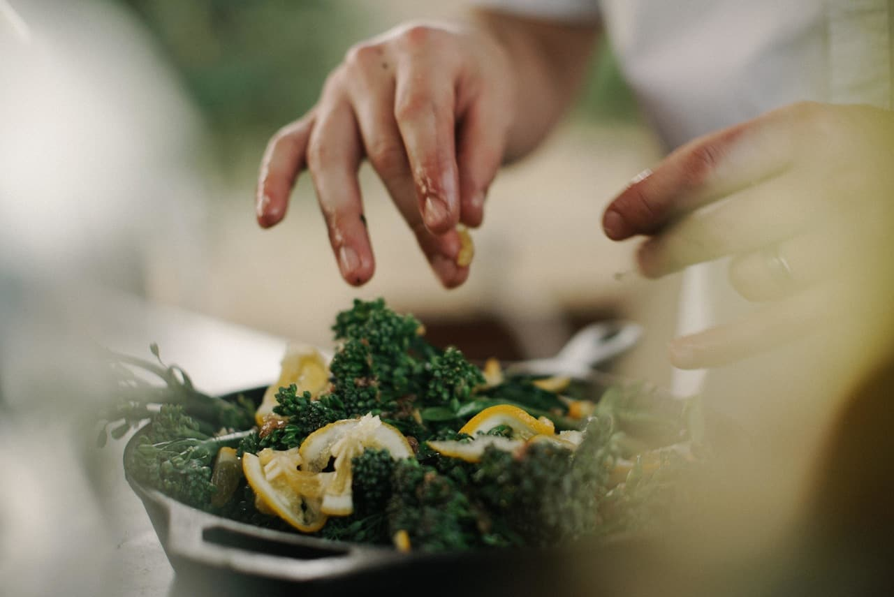 hobbies that make money - cooking